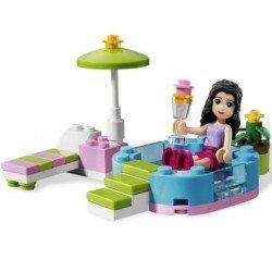 Веселый бассейн Эммы